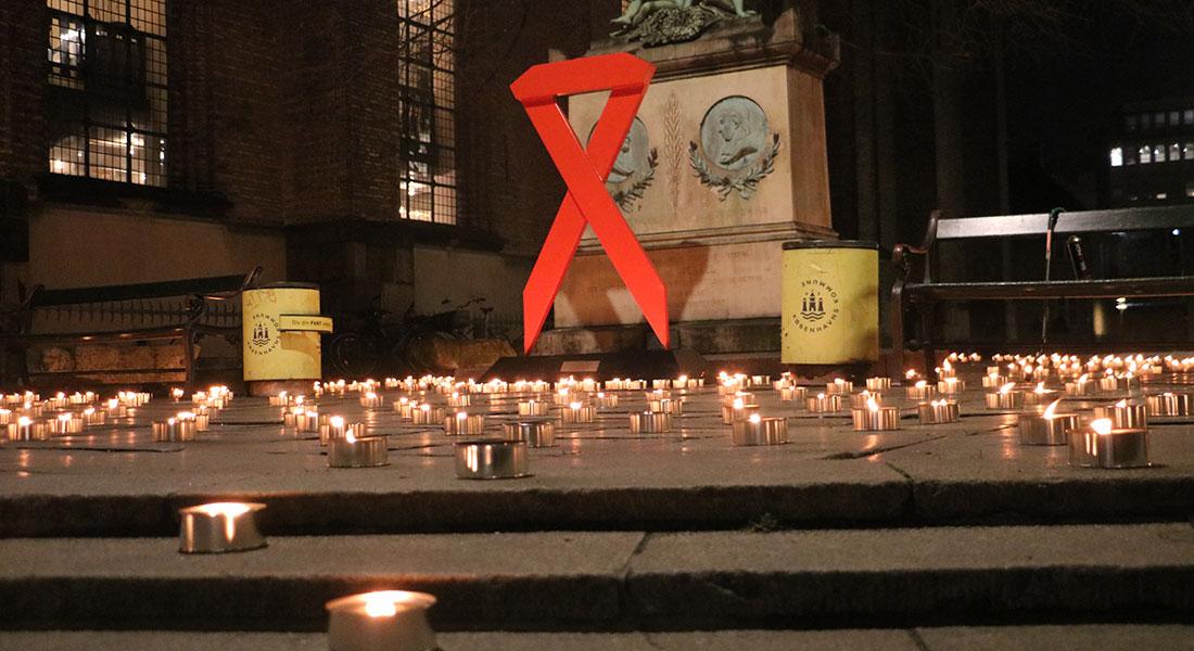 Den 1. december markeres World AIDS Day over hele verden. Her på Gammeltorv i København. Foto: AIDS-fondet